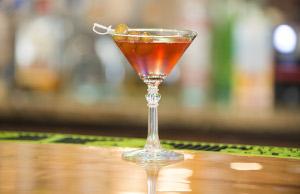 KMachos Cosmopolitan Martini