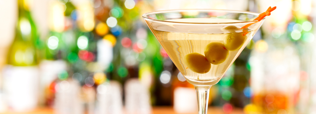 martini with olives pic